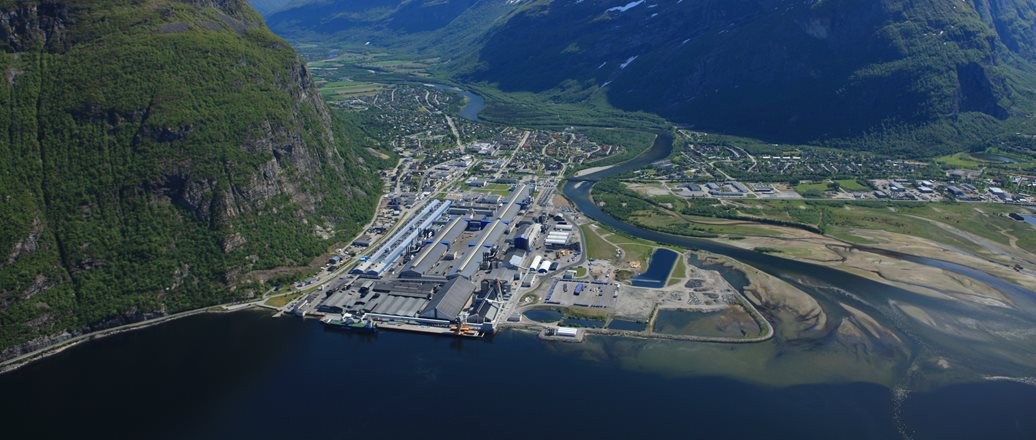 Aerial photo of Hydro Sunndal
