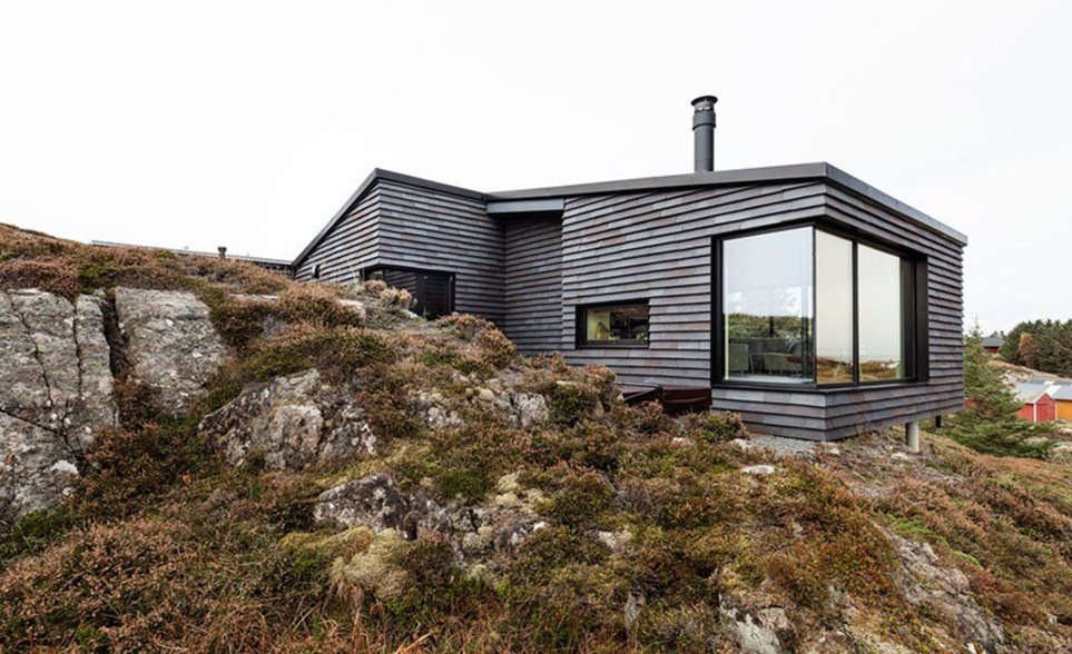 Holiday cottage on Sandøya in Norway with aluminium windows