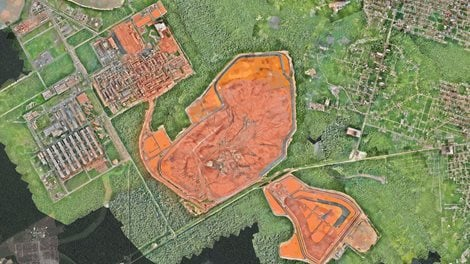 aerial image looking straight down on the Alunorte site