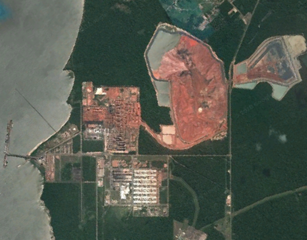 Satellite view of Alunorte and the Pará river
