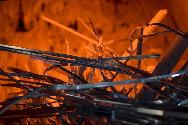 aluminium scraps melting